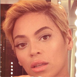 Beyoncé Shows Off Her Natural Hair - Weave