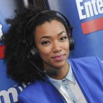 Sonequa Martin-Green Appears on the Cover of Entertainment Weekly Rocking Her Natural Hair